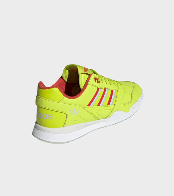 Adidas  - A.R. Trainer Neon Green