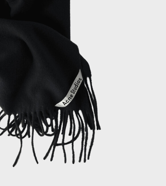 Acne Studios - Canada New Black