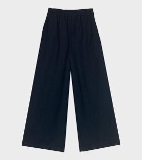 Calder Pants Dark Navy Blue