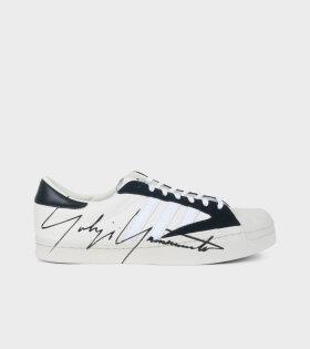 Y-3 YOHJI STAR Sneakers Off-white - dr. Adams