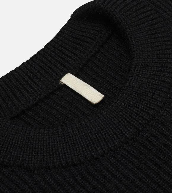 SUNFLOWER - Slip Over Vest Black