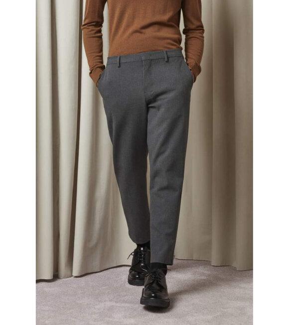 NN07 - Cade Pants Dark Grey
