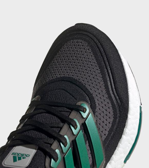 Adidas  - Ultraboost 21 Black/Grey/Green