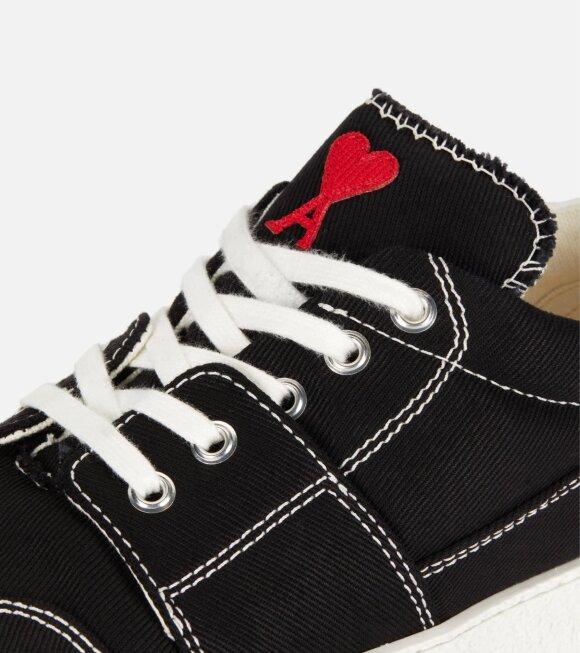 AMI - Baskets Basses Heart Black